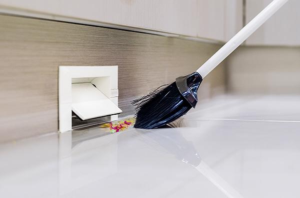 inlet valves, vacpan & dustpan 3